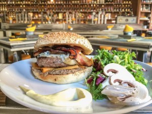 Open-Baladin-Where-to-find-the-best-American-hamburger-in-Rome-The-Roman-Foodie