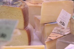 cheese rome food tour-Trastevere Rome Food Tour