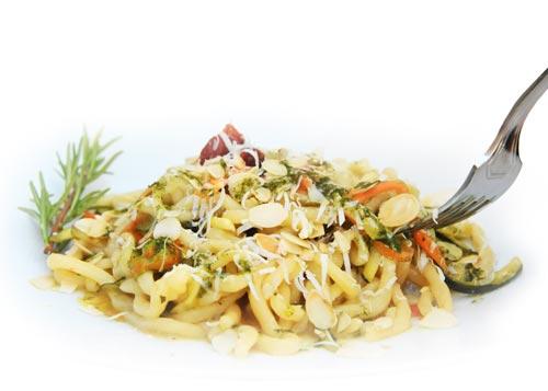 pasta zucchini and carrots traditional italian