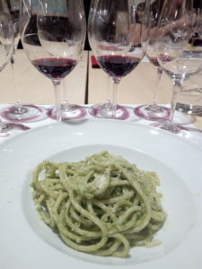 Wine tasting in Rome - pasta pesto